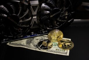 gold, cryptocurrency, money